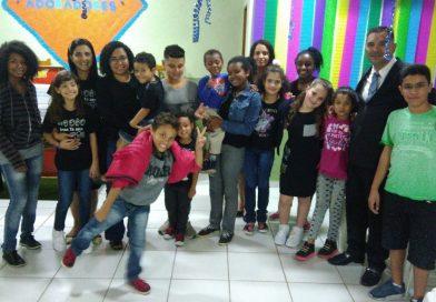 Festividade das crianças no Jd. Itamaraty V